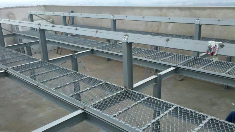 Estrutura metalica para energia solar