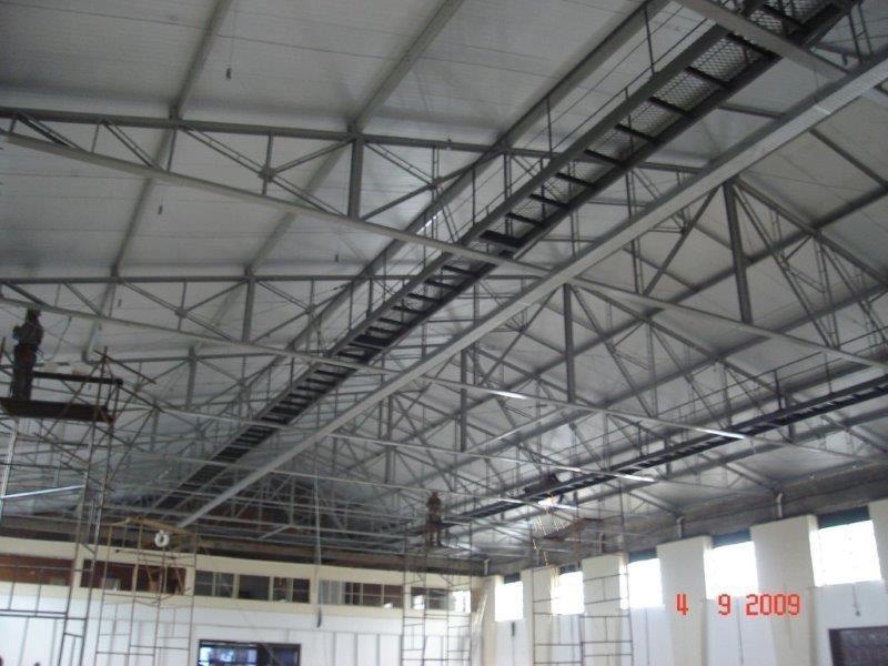 Fornecedores de estruturas metálicas