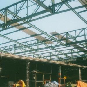 Estrutura metálica para telhado de galpão